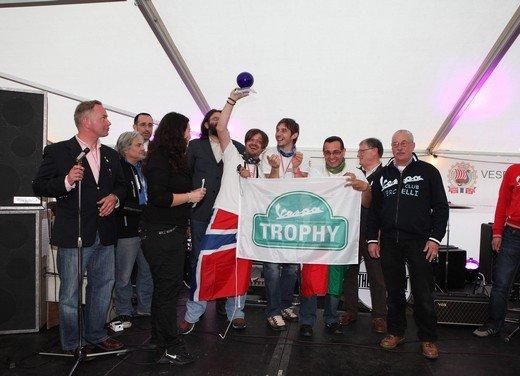 Vespa World Days 2011: in Norvegia a migliaia per festeggiare i 65 anni di Vespa - Foto 18 di 20