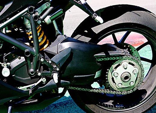 Prova approfondita della Ducati 848 Evo, che ha tanto motore, ottimi freni ed un unico habitat: la pista! - Foto 26 di 26