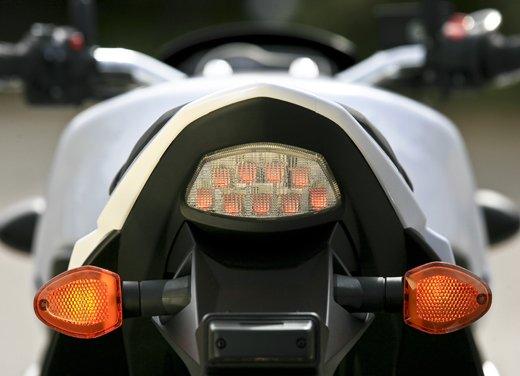 Suzuki GSR 750  in offerta fino al 31 ottobre 2012 - Foto 21 di 31