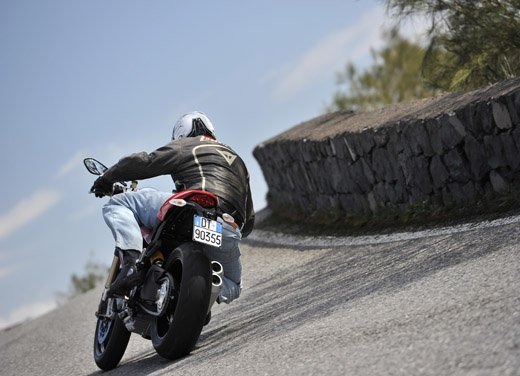 Ducati Monster 1100 Evo – Test Ride - Foto 26 di 27