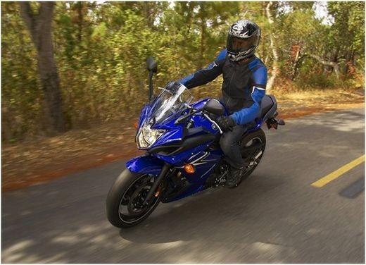 Yamaha XJ6 Diversion carenata - Foto 4 di 14