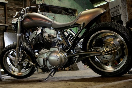Harley Davidson XL883 Gun Baby by Cooper Smithing Company - Foto 3 di 17