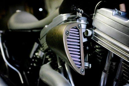 Harley Davidson XL883 Gun Baby by Cooper Smithing Company - Foto 10 di 17