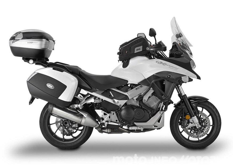 GIVI presenta il kit Adventure per Honda Crossrunner 800