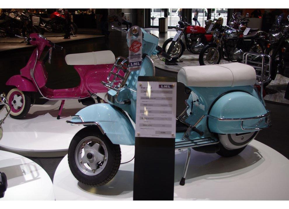 Gruppo Piaggio: imitazioni Vespa al Salone di Colonia 2014 - Foto 2 di 6