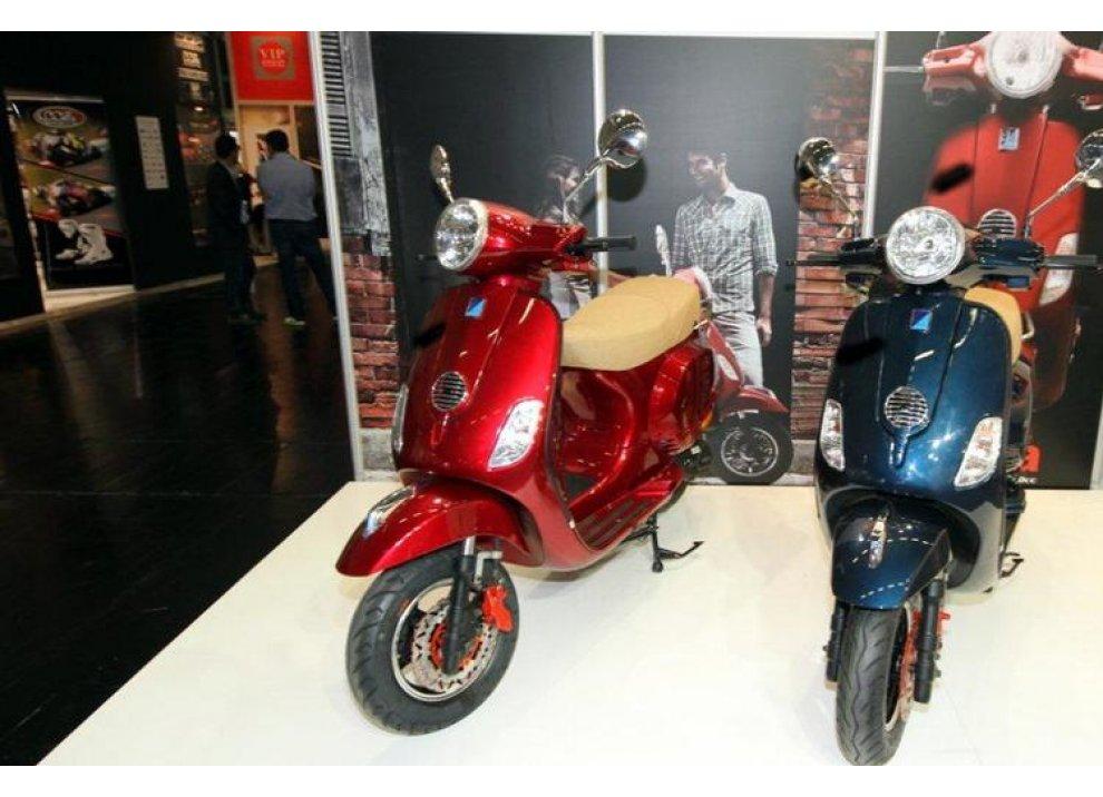 Gruppo Piaggio: imitazioni Vespa al Salone di Colonia 2014 - Foto 1 di 6