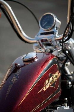 Harley Davidson Sportster Seventy-Two - Foto 24 di 27