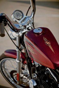 Harley Davidson Sportster Seventy-Two - Foto 25 di 27