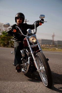 Harley Davidson Sportster Seventy-Two - Foto 26 di 27
