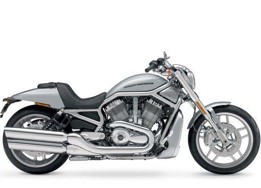 Harley-Davidson presenta le novità della gamma 2012 - Foto 29 di 35