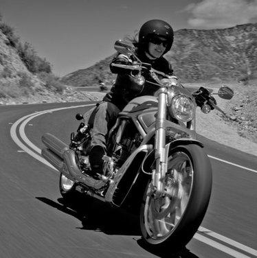 Harley Davidson V-Rod - Foto 6 di 13
