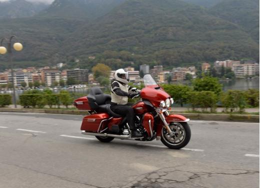 Harley-Davidson Electra Glide Ultra classic: prova su strada - Foto 18 di 33