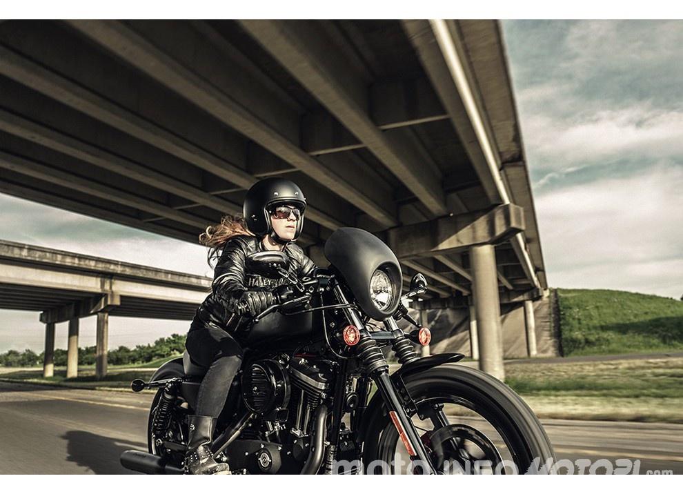 Harley-Davidson Sportster Iron 883 2016 - Foto 1 di 17