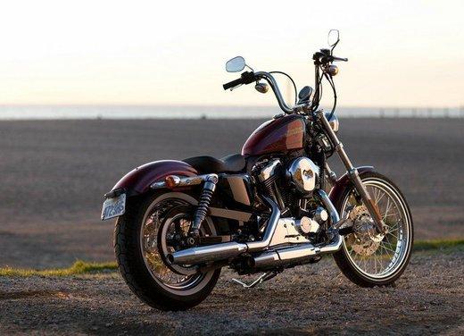 Harley Davidson Seventy-Two prova su strada della nuova Sportster - Foto 10 di 17