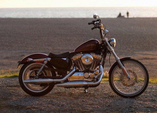 Harley Davidson Seventy-Two prova su strada della nuova Sportster - Foto 12 di 17