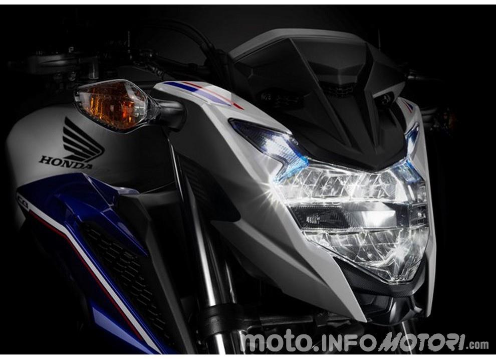 Honda CB500F 2016, ad EICMA 2015 si presenta nuova - Foto 1 di 2