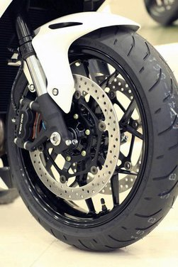 Nuova Honda CBR1000RR Fireblade - Foto 27 di 33