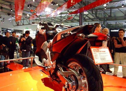 Honda Integra, compreso nel prezzo il bauletto per due caschi integrali - Foto 11 di 39
