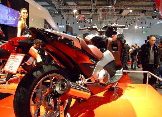 Honda Integra, compreso nel prezzo il bauletto per due caschi integrali - Foto 8 di 39