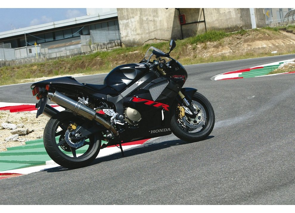 Honda VTR 1000 SP-2: Test Ride
