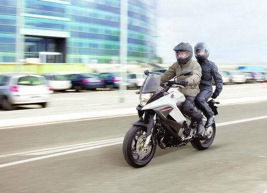 Honda Crossrunner: naked turistica - Foto 7 di 18