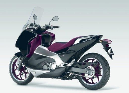 Honda Integra, compreso nel prezzo il bauletto per due caschi integrali - Foto 18 di 39