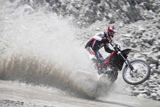 BMW Motorrad vende Husqvarna a KTM