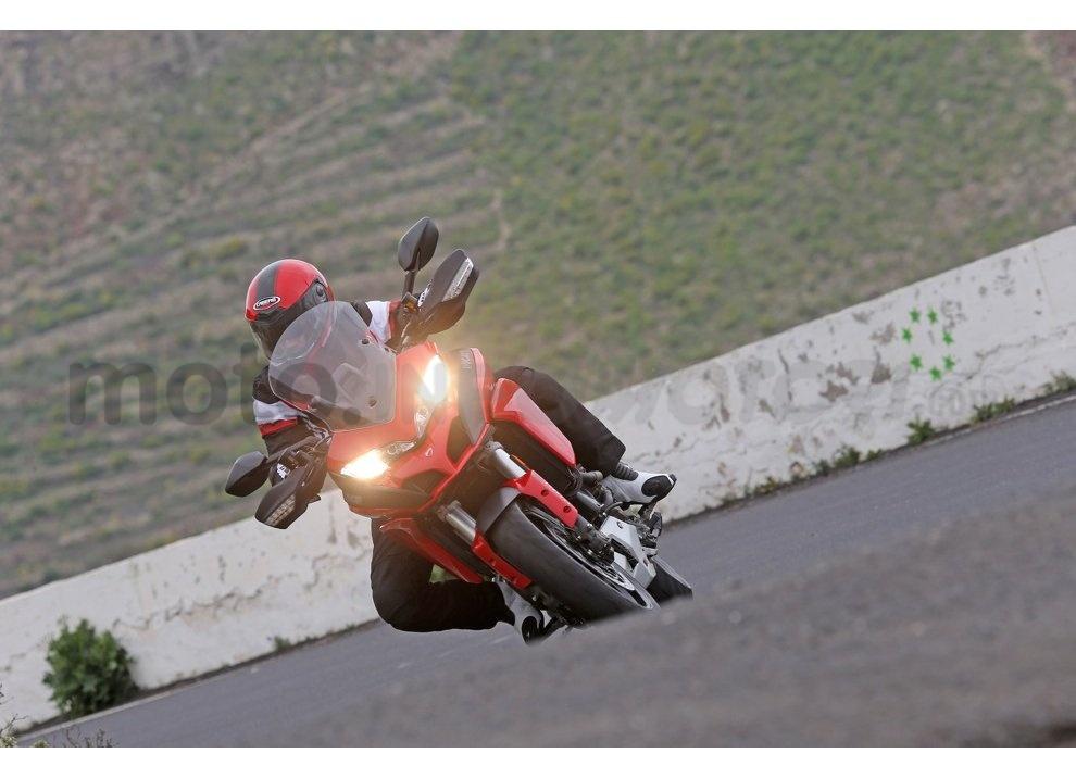 Il nuovo pneumatico Pirelli Scorpion Trail II per enduro stradali - Foto 2 di 11