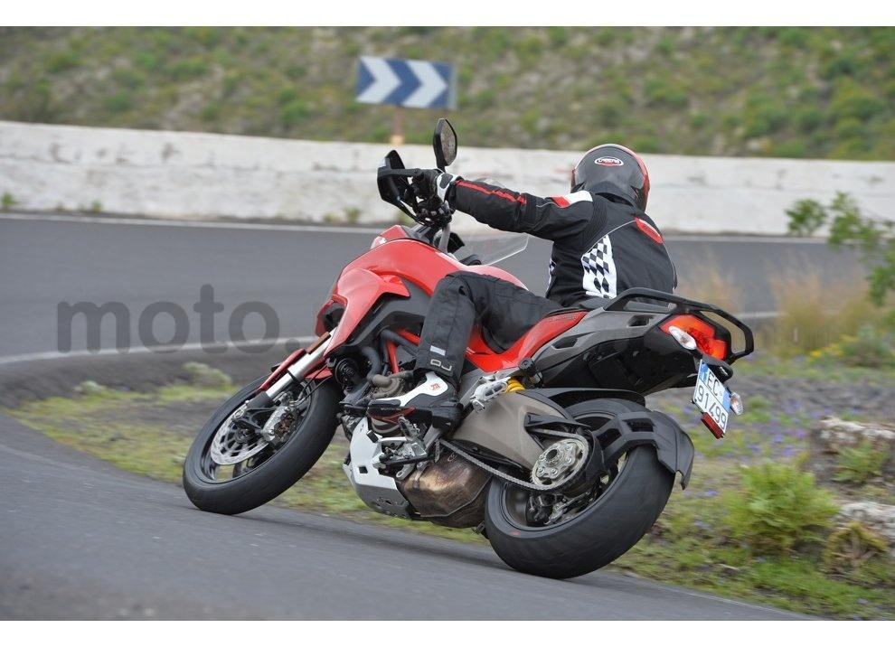 Il nuovo pneumatico Pirelli Scorpion Trail II per enduro stradali - Foto 6 di 11