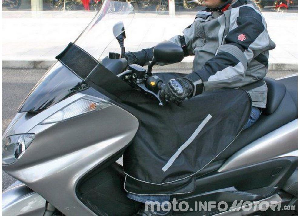 In moto d'inverno: alcuni consigli utili per chi usa le due ruote tutto l'anno - Foto 7 di 7