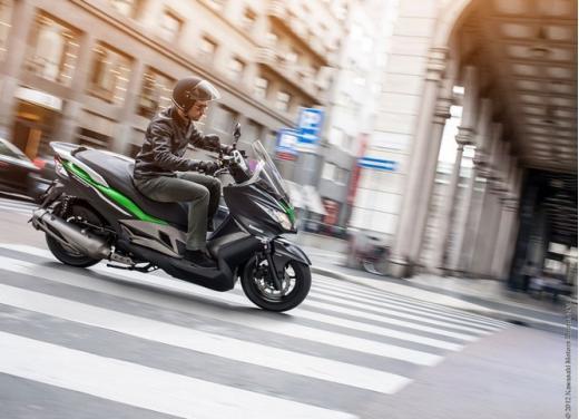 Kawasaki J300: bauletto e 4 anni di garanzia