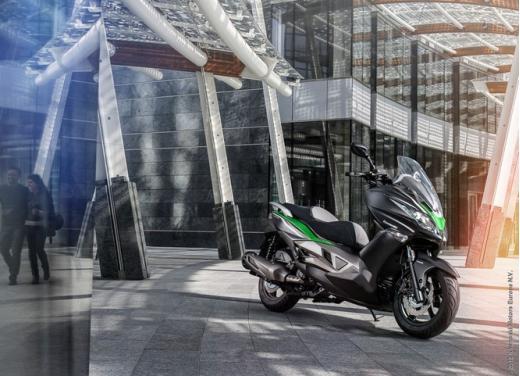 Kawasaki J300: bauletto e 4 anni di garanzia - Foto 4 di 10