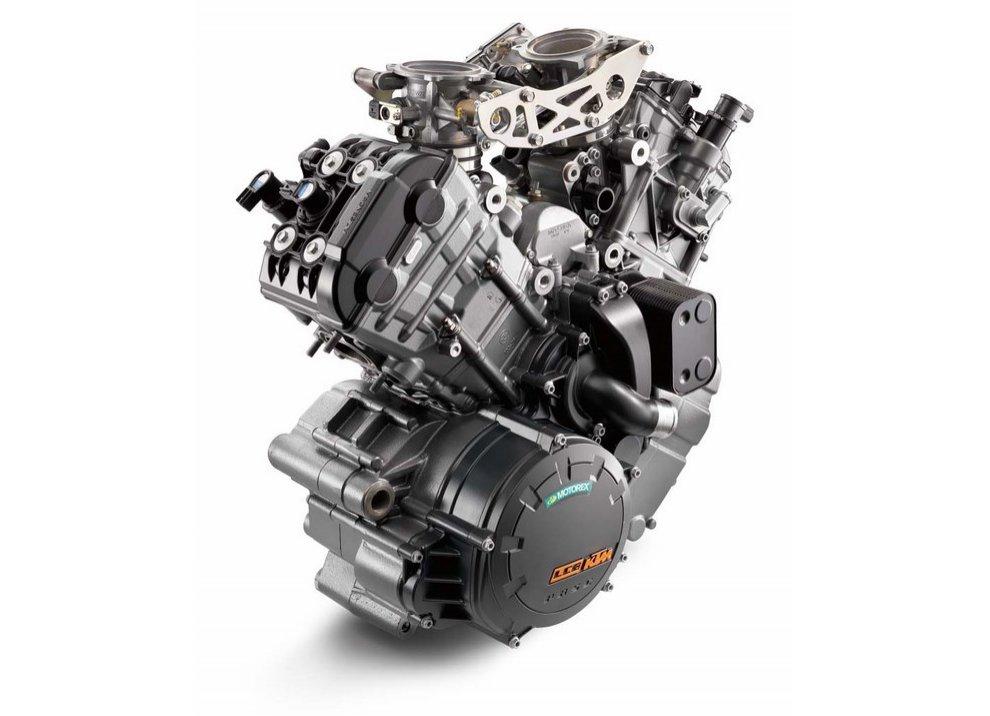 KTM: nuovi motori a 2 cilindri per vendere di più