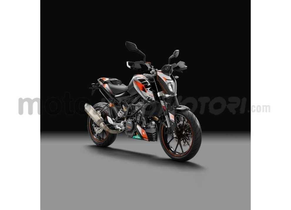 KTM Summer Duke, PowerParts in regalo - Foto 4 di 10
