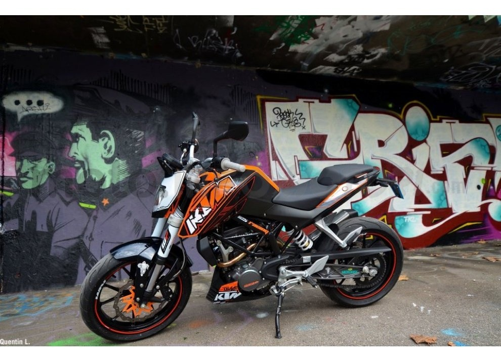 KTM Summer Duke, PowerParts in regalo - Foto 8 di 10