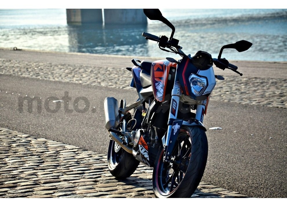 KTM Summer Duke, PowerParts in regalo - Foto 2 di 10