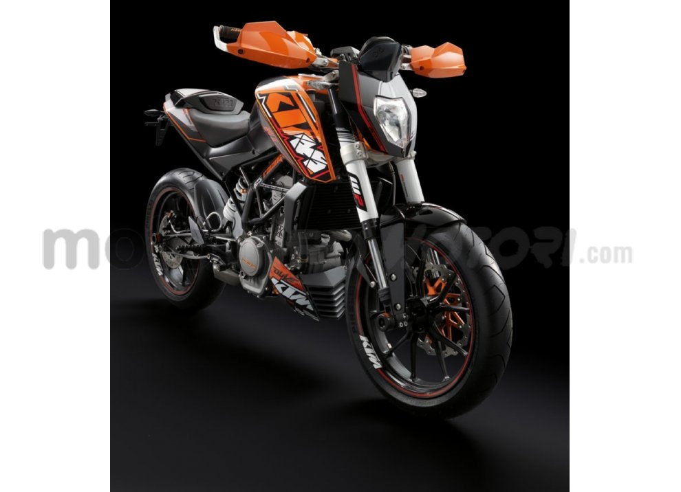 KTM Summer Duke, PowerParts in regalo - Foto 10 di 10