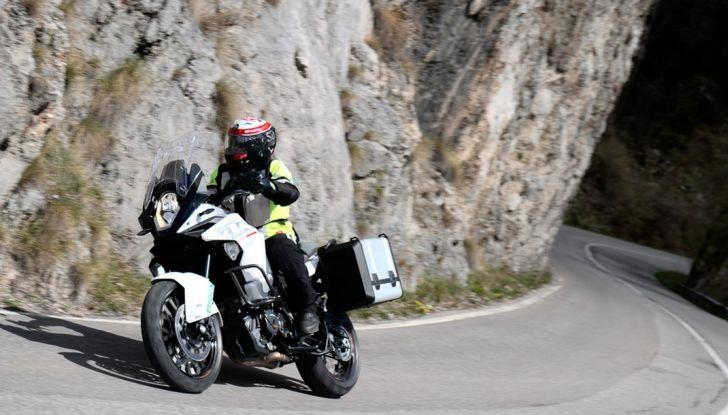 KTM 1290 Super Adventure: Prova su strada, allestimenti e prezzi - Foto 3 di 18