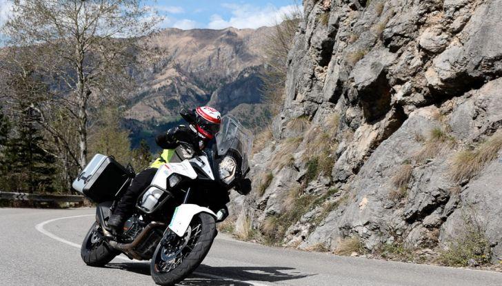 KTM 1290 Super Adventure: Prova su strada, allestimenti e prezzi - Foto 4 di 18