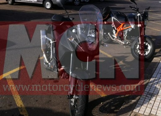 KTM Adveture foto spia della nuova generazione
