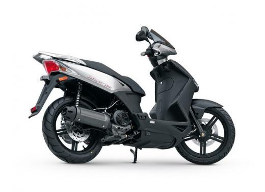 Kymco Agility 125 R16, non chiamatelo scooter low cost - Foto 2 di 28