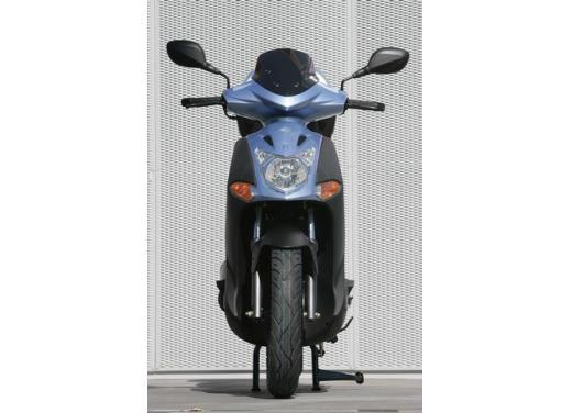 Kymco Agility 125 R16, non chiamatelo scooter low cost - Foto 8 di 28