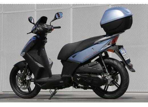 Kymco Agility 125 R16, non chiamatelo scooter low cost - Foto 10 di 28
