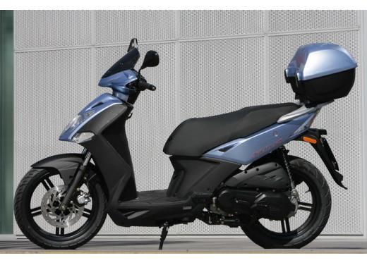 Kymco Agility 125 R16, non chiamatelo scooter low cost - Foto 11 di 28