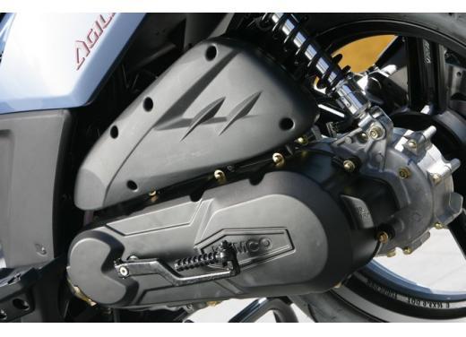 Kymco Agility 125 R16, non chiamatelo scooter low cost - Foto 13 di 28
