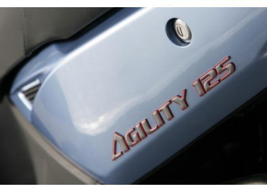 Kymco Agility 125 R16, non chiamatelo scooter low cost - Foto 14 di 28
