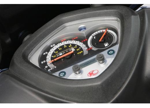 Kymco Agility 125 R16, non chiamatelo scooter low cost - Foto 21 di 28