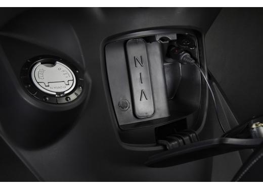 Kymco Agility R16 125 lancia la sfida a Piaggio Liberty 125 RST e Honda SH 125i - Foto 8 di 10