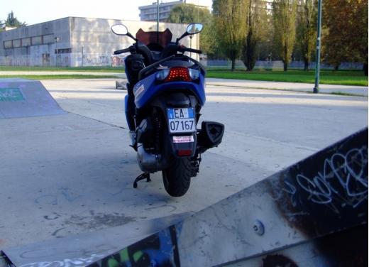 Kymco K-XCT 300i: prova su strada - Foto 28 di 40