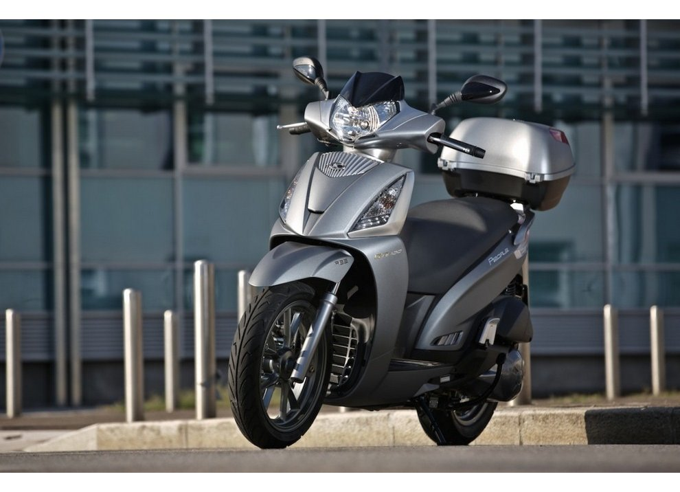 Kymco: People GTi MY 2015, anche con ABS